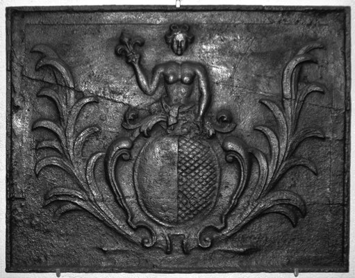 Inv.-Nr. 87   Stadtwappen Metz  Kaminplatte 70 x 50, Lothringen, 2. H. 18. Jh.