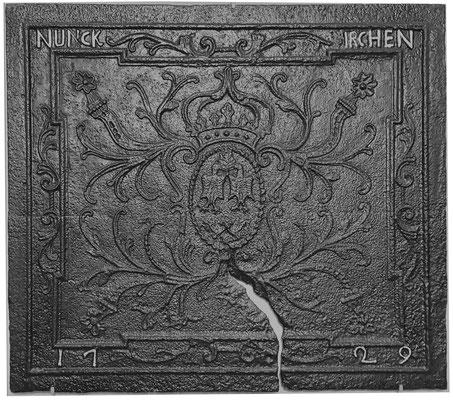 Inv.-Nr. 55   Gottbill/Bauer,  Kaminplatte, 95 x 82 cm Nunkirchen, dat. 1729