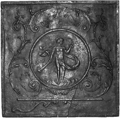 Inv.-Nr. 326   Venus, Kaminplatte 81 x 81 cm, Lothringen, 18./19. Jh.