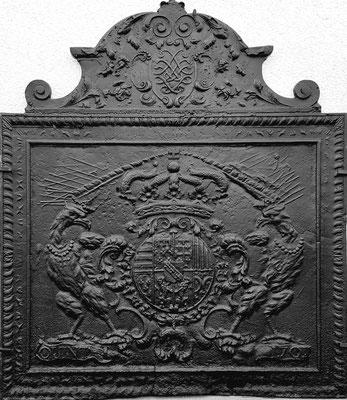 Inv.-Nr. 71   Wappen Herzogtum Lothringen (Leopold I.),  Kaminplatte 94 x 109 cm, Quint, dat. 1701