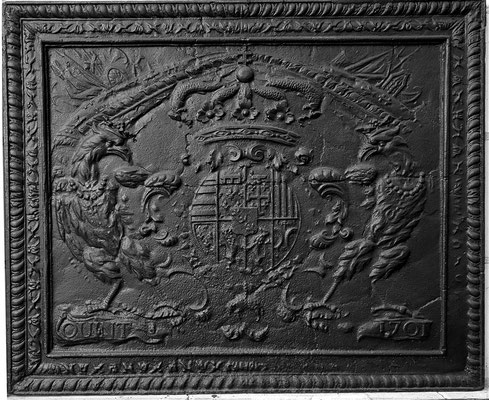 Inv.-Nr. 72   Wappen Herzogtum Lothringen (Leopold I.),  Kaminplatte 95 x 78 cm, Quinte, dat. 1701