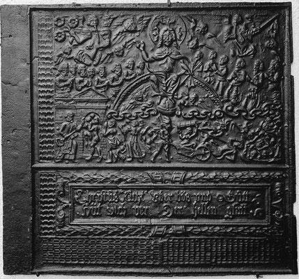 Nr. 239   Das Jüngste Gericht, Ofenplatte 82 x 75 cm, Hessen (?), 2. H. 16. Jh.