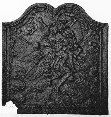 Inv-Nr. 291   Boreas raubt Oreithyia, Kaminplatte  52 x 54 cm, Lothringen, 18. Jh.