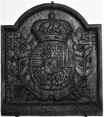Inv.-Nr. 74   Wappen Herzogtum Lothringen (Leopold I.),  Kaminplatte, 60 x 65 cm, Lothringen, um 1700