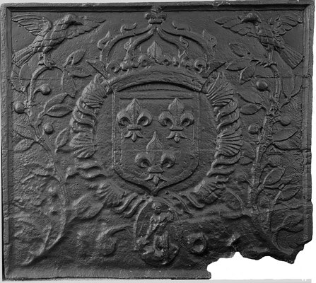 Inv.-Nr. 27   Wappen Frankreich,  Kaminplatte (Heinrich IV.), 81 x 74 cm, Lothringen, dat. 1605
