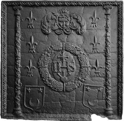 Inv.-Nr. 26   Wappen Jean Bageron de Mageron, Kapitain-Leutnant und Vogt von Briey, Kaminplatte 79 x 79 cm, Lothringen, ab 1609
