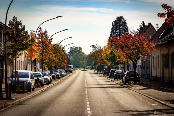 Richtung Neudorf , Huttenheim