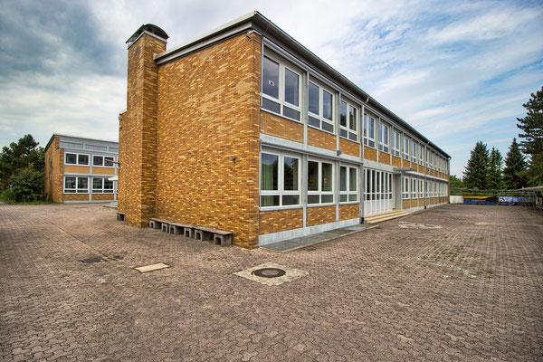 Schule Huttenheim