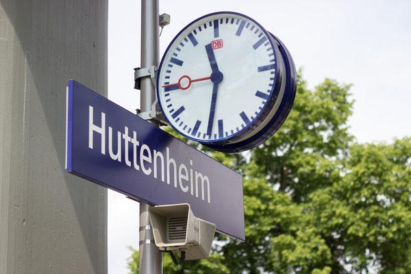 Bahnhof Huttenheim