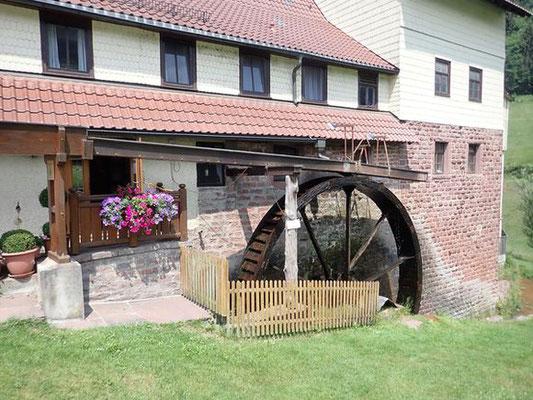 Mühlrad der Holzer Mühle