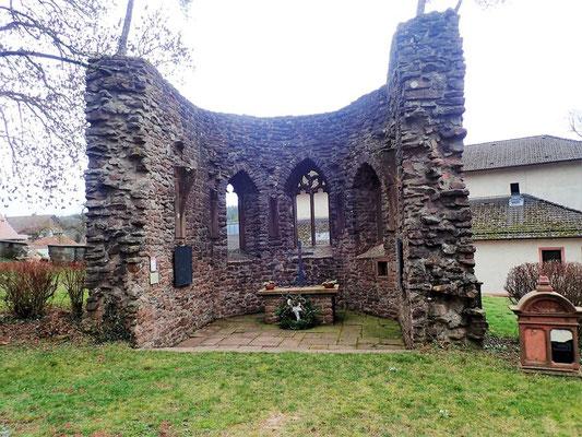 Mauerreste einer Kapell aus dem 14. Jahrhundert