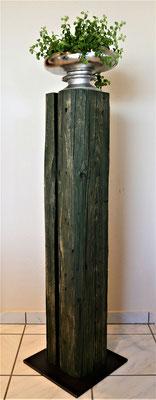 O110 Stehle Tanne grün gefärbt, H 104 cm, Stahlfußplatte 30 x 30 cm, EUR 167,-