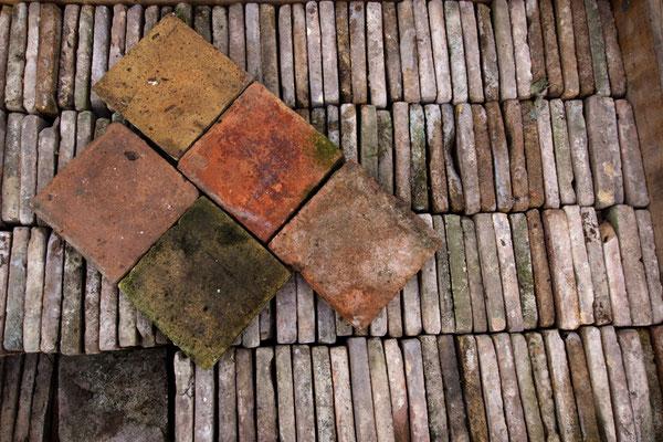 Terrakotta-Fliesen Nr. 1, quadratisch, 15 x 15 cm, ca. 25 Quadratmeter, EUR 185,-/m²