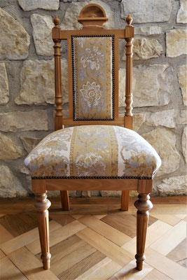 S17 Stuhl (Muster) gepolstert, Gründerzeit Replikat/ Nachbau in Eiche und Ulme, H 110 cm B 45 cm T 45 cm, Sitzhöhe 45 cm, Eiche EUR 1.220,- , Ulme EUR 1.150,-, Kirsche EUR 1.300,-, Nussbaum EUR 1.500,-