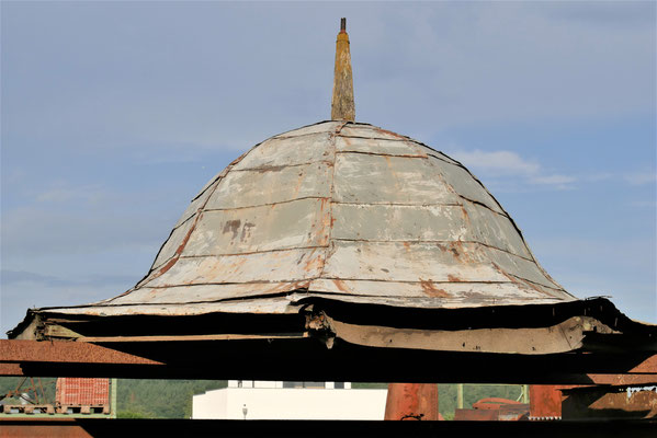 Pavillon-Dach, achteckig, Windfahne vorhanden, Holz/ Blech, D2600 x H ca.1000mm  (ohne Spitze)