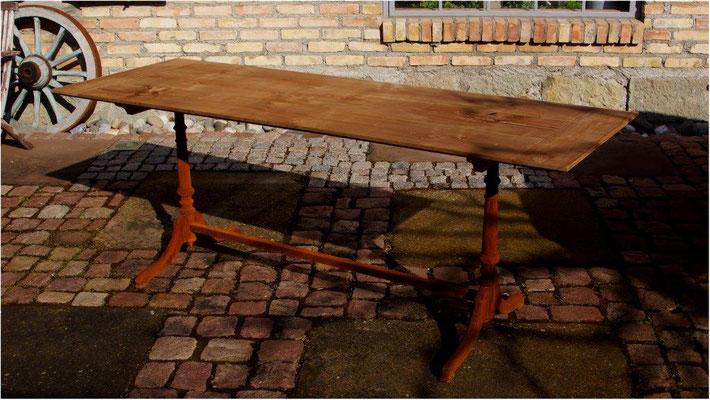 TG7 Tischuntergestell Guß nach Urmodell Galster