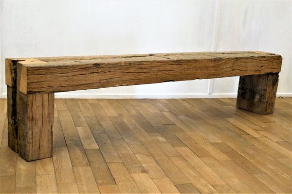 S55 Sitzbank Eichenbalken, L 200 cm H 46 cm B 27,5 cm, EUR 900,- ; individuelle Länge kann gefertigt werden