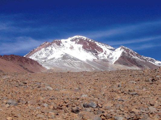 Blick vom Basislager auf den Llullallaco, Llullallaco, Socompa, Thron der Inka, Expeditionen, Expeditionen in Argentinien