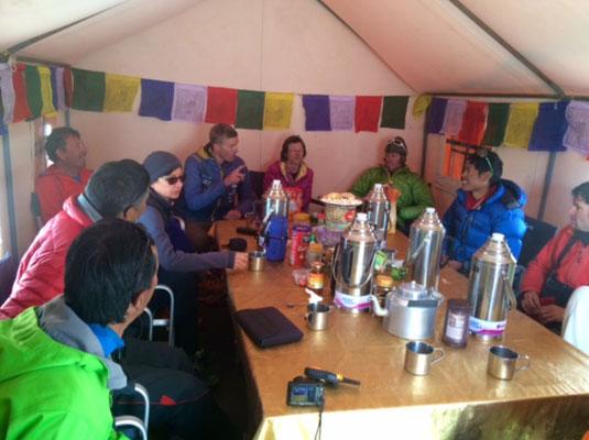 Makalu Expedition, Makalu Expedition 2016, AMICAL alpin makalu, Nepal Makalu Expedition, Bergschule, Alpinschule, Dominik Müller
