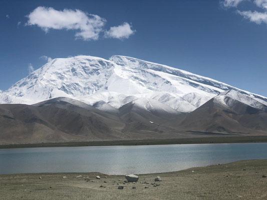 Blick auf dem Muztagh Ata