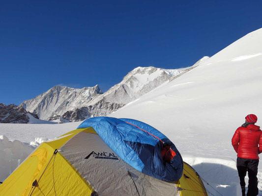 Low Camp am Mount Vinson, Expeditionen, Expeditionen in Argentinien