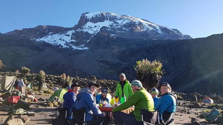 Afrika, Kilimanjaro, Mt. Meru, 100% Gipfelerfolg, AMICAL alpin Kilimanjaro, Extrek Gipfelerfolg Kilimanjaro
