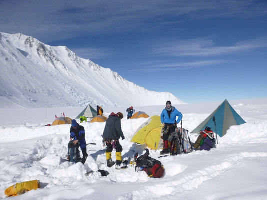 AMICAL alpin Antarktis Mount Vinson Expedition - (c) Herbert Wolf