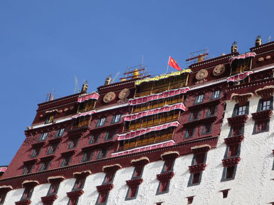 Potala Palast in Lhasa, Everest Expedition 2017, AMICAL alpin, AMICAL alpin Everest Expedition, Expedition zum Mount Everest, Everest Expeditin kosten
