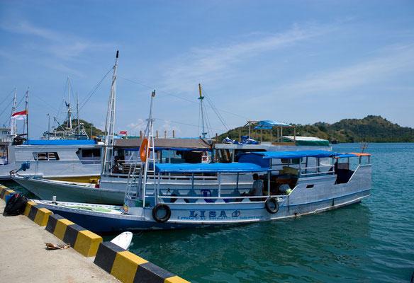Jetzt  noch ca. 3 Stunden private Bootstour in den Komodo Nationalpark  zur Insel Rinca
