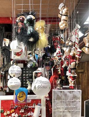 An den Ständen findet man alles, was das Weihnachtsherz begehrt.