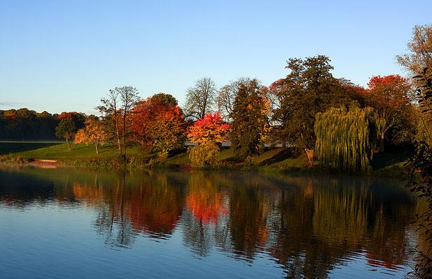Hamburger Stadtpark im Herbst