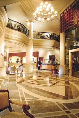 Meliá Purosani Hotel in Yogyakarta - schönes Hotel in zentraler Lage, lohnt sich für mehrere Nächte