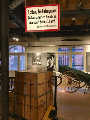 Speicherstadtmuseum - befindet sich in einem historischen Speicher von 1888 Am Sandtorkai.