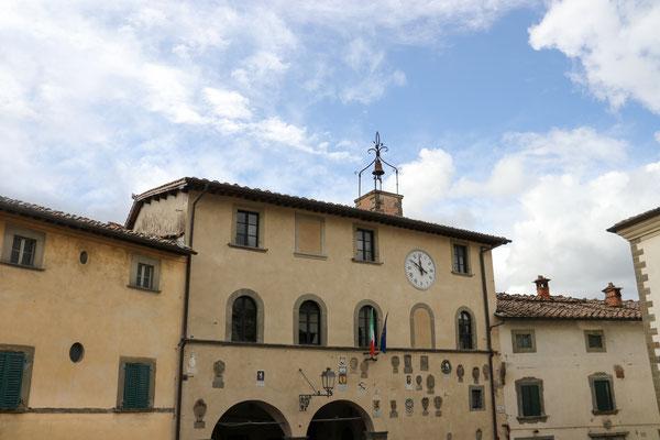 Radda - der kleine Ort in Chianti, mit seinem mittelalterlichen Kern, ist einer der attraktivsten Weinorte des Chianti Classico.