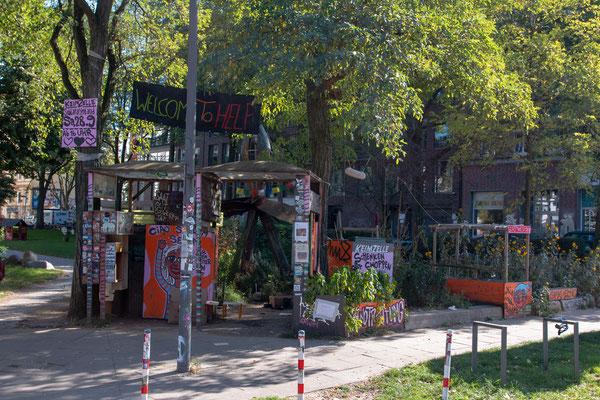 Keimzelle im Hamburger Karolinenviertel - Tauschplatz, Foodsharing-Platz und Garten in einem