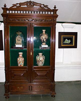 Im Museum sind alte Bilder und Gebrauchsgegenstände der Sultansfamilie von Yogyakarta ausgestellt