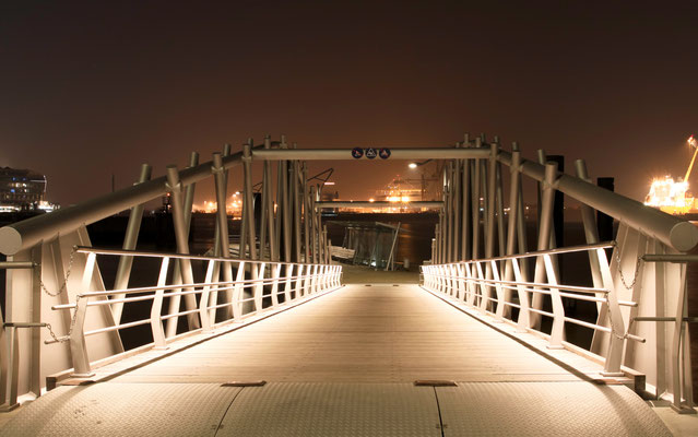 Brücke an der Fischauktionshalle