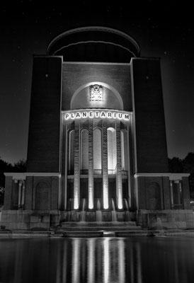Planetarium in Hamburg - befindet sich seit  1930 im Hamburger Stadtpark in einem ehemaligen Wasserturm