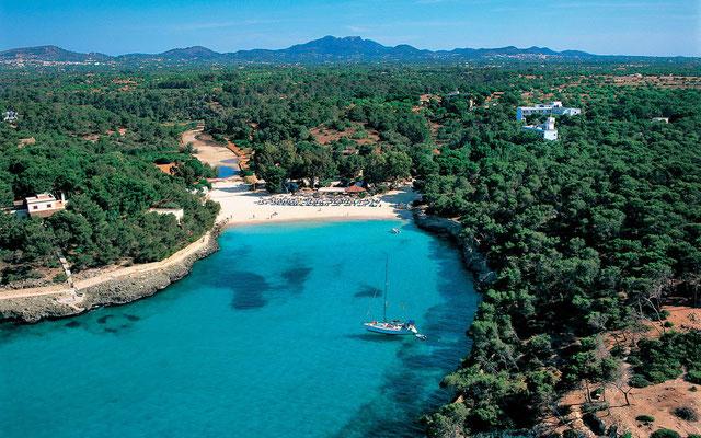 Traumhafte Buchten - Hier die Cala Mondrago an der Ostküste
