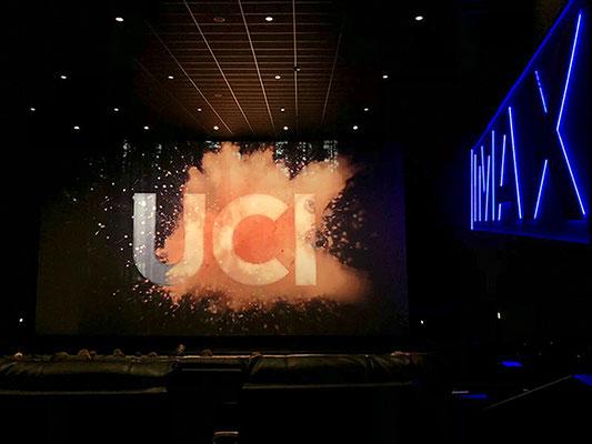 UCI  IMAX - Kinoerlebnis in breiten elektrisch verstellbaren Luxus-Liege-Kinosesseln