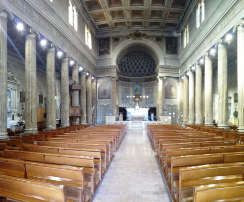 Kirchenschiff Notre Dame du Port © Ben Simonsen