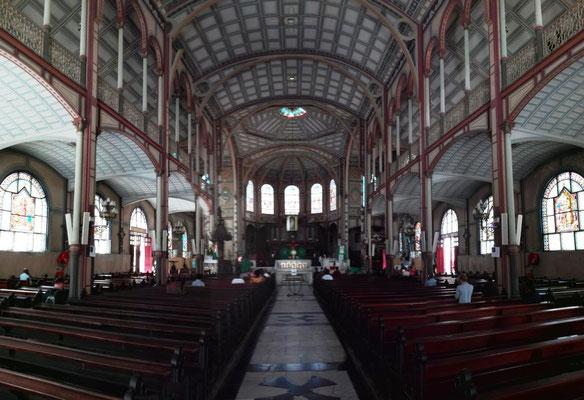 Kirchenschiff Kathedrale St. Louis © Ben Simonsen