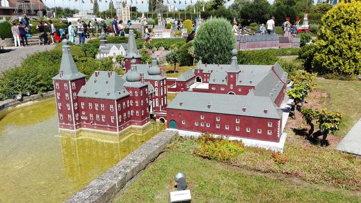 Burg Hoensbroeck - Südlimburg