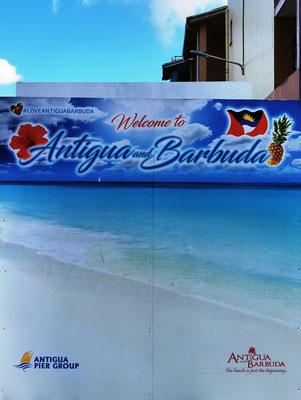 Welcome to Antigua © Ben Simonsen