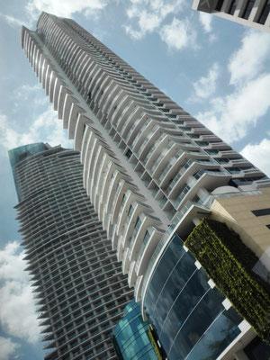 Skyscraper Panama City © Ben Simonsen