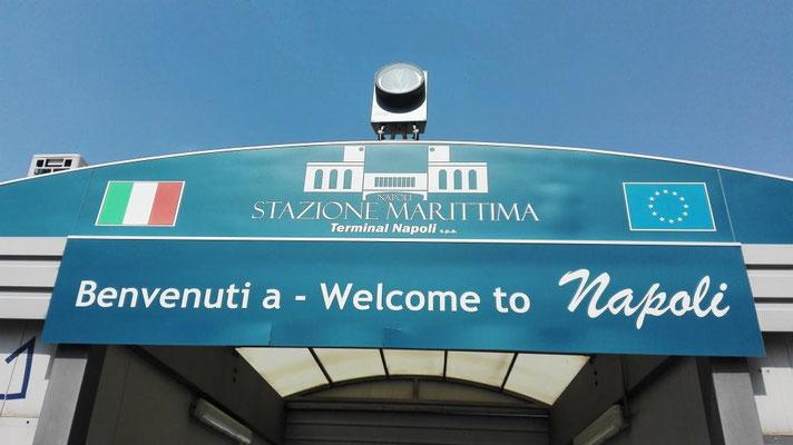 Willkommen in Neapel