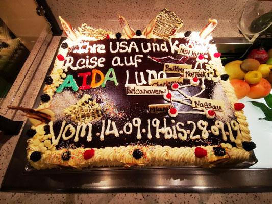 Routen-Torte auf AIDAluna © Ben Simonsen