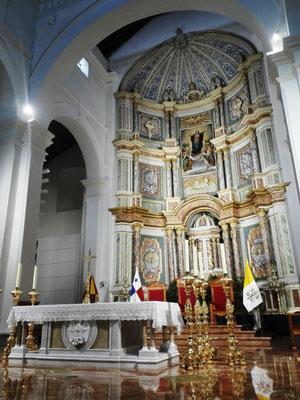 Altar Basilica © Ben Simonsen