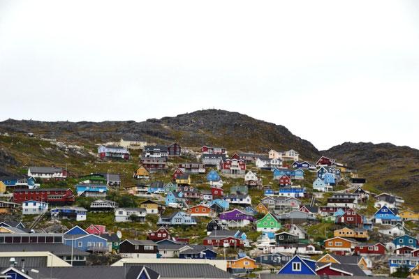 Bunte Häuser in Qarqortoq