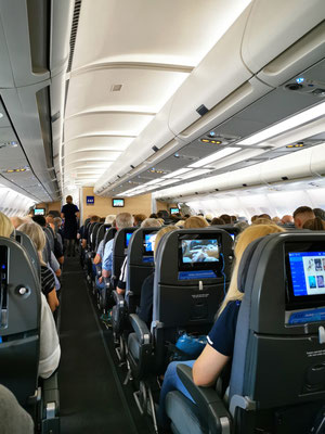 Flugzeugkabine A330-200 © Ben Simonsen